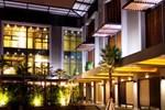 Отель Siam Swana