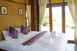 Отель Pai River Villa