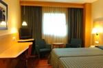Отель NH Santander Parayas
