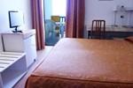 Отель Hotel Canguro