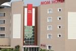 Отель Mom Hotel