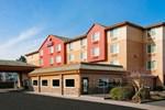 Отель Comfort Inn & Suites-Portland Airport