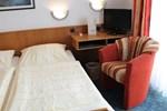 Отель Hotel am Hafen