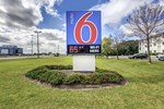 Отель Motel 6 - Toronto West - Burlington - Hamilton
