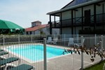 Отель L'Auberge Everhotel de Tarbes-Ibos