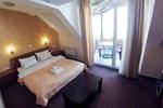 Апартаменты Hotel Orange Inn