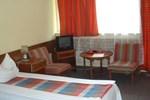 Отель Hotel Semiramis