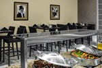 Отель DoubleTree Suites by Hilton NYC - Times Square
