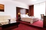 Отель Hotel Vivat