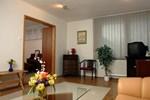 Отель Komfort Hotel Platan