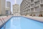 Отель Ramada Hotel Downtown Calgary
