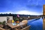 Отель Padjadjaran Suites Hotel Bogor