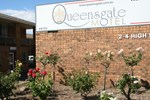 Отель Queensgate Motel
