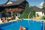 Апартаменты Ferienwohnungen Presslauer Mori - Haus Irmgard