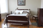 Мини-отель Downtown Bed & Breakfast