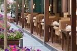 Отель Lares Park Hotel