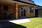 Апартаменты Rotorua House and Studio