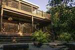 Отель Umkhumbi Lodge