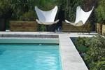 Отель Hotel Restaurant les Jardins de Brantôme