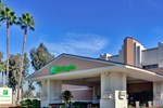 Отель Holiday Inn Hotel & Suites Anaheim