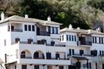 Апартаменты Hotel Manos