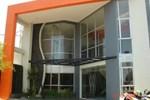 Отель Hotel Surya Semarang