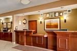Отель Comfort Inn & Suites Airdrie