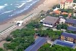 Отель Canado Club