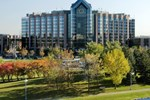 Отель Hilton Suites Toronto-Markham Conference Centre & Spa
