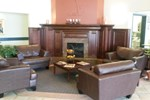 Отель Ramada Cochrane