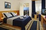 Отель Zlatni Rat Beach Hotel