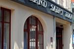 Отель Au Grand Saint Jean