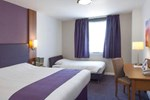 Отель Premier Inn Swansea Waterfront