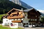 Отель Hotel zum grünen Tor