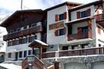 Отель Les Seracs