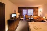 Отель Hotel Batzenhäusl