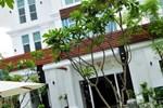 Отель Frangipani Villa Hotel II