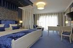 Отель Hotel St. Erasmus