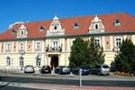 Отель Hotel Kristály