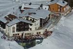 Отель Hotel Goldener Berg