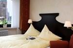 Отель Hotel Kuhr