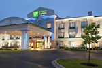 Отель Holiday Inn Express Hotel & Suites Dieppe Airport