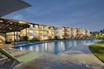 Отель Whalecove Resort