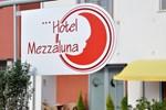 Отель Hotel Mezzaluna