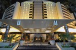 Отель Le Royal Meridien Beach Resort & Spa Dubai