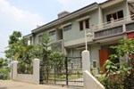 Kampung Padi - Dago Guest House