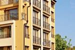 Отель Family Hotel Ramira