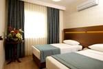 Отель Supreme Hotel