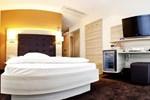 Отель Hotel Bacchus