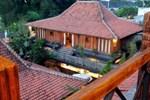 Отель Omah Sinten Heritage Hotel & Resto